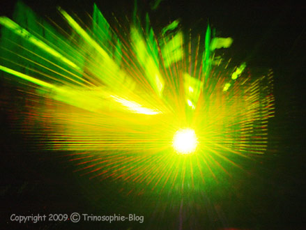 Zur Lichtquelle zurück © Kô-Sen