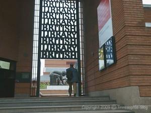 Eingang zum Gelände der British Library.Bild: Heinz Knotek