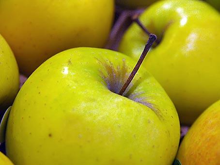Apfel-Karma: Supermarkt. Bild: Heinz Knotek